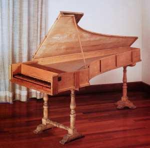 foto-9-pianoforte-cristofori-del-1722-del-museo-s-m-roma